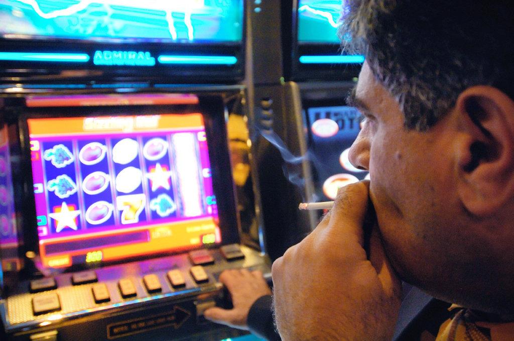 где работают игровые аппараты в калининграде