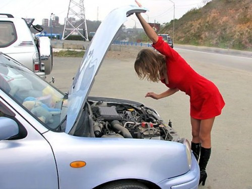 Двигатель глохнет после запуска