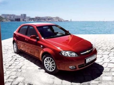 Какой бензин заправлять в Chevrolet Lacetti?