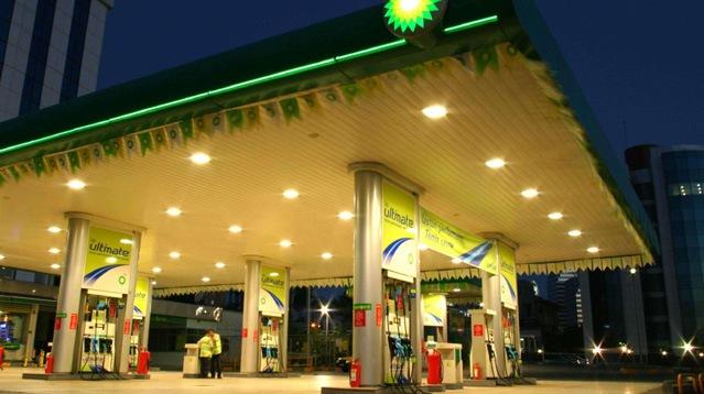 kia rio каким бензином заправлять
